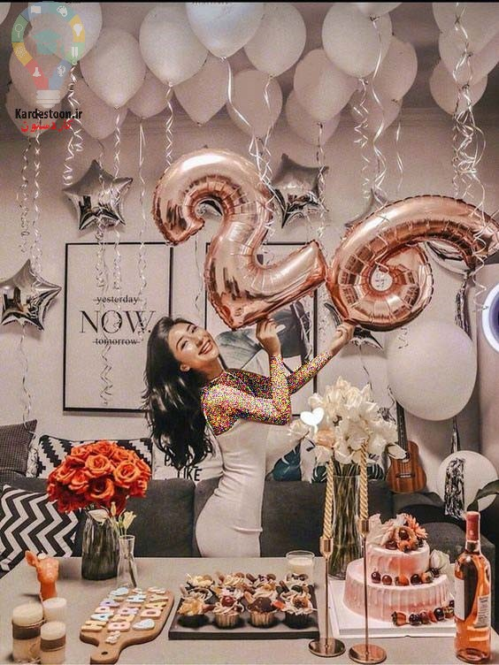 45 مدل ژست عکس تولد با کیک برای خانم ها